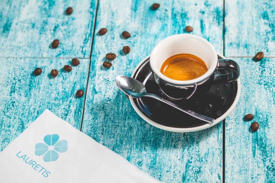 LAURETIS CAFÉ
