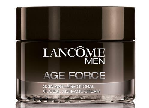 Para papás coquetos, crema antiarrugas Age Force de 50 ml, $305, de Lâncome. Foto: lanacion.com