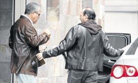 El ministro De Vido deja la clínica tras visitar a Kirchner