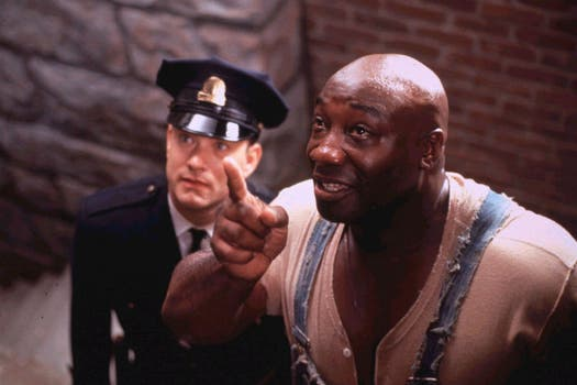 Clarke Duncan junto a Tom Hanks, en la película The Green Mile. Foto: Archivo