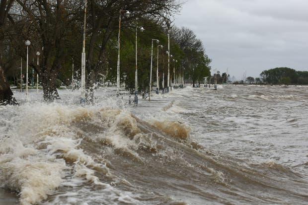 Se espera una crecida del Río de la Plata