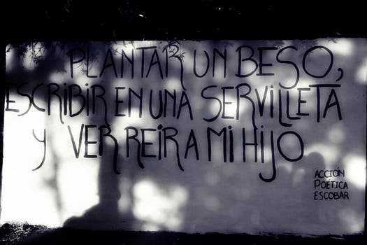 Acción Poética Escobar. Foto: Facebook