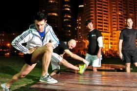 Noche de running en Puerto Madero: Fernando Capparelli (30), Gabriel López (39), Fernando Margules (41) y Fabio Tenuta (47)