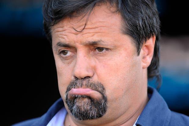 Caruso Lombardi no es más el DT de Quilmes