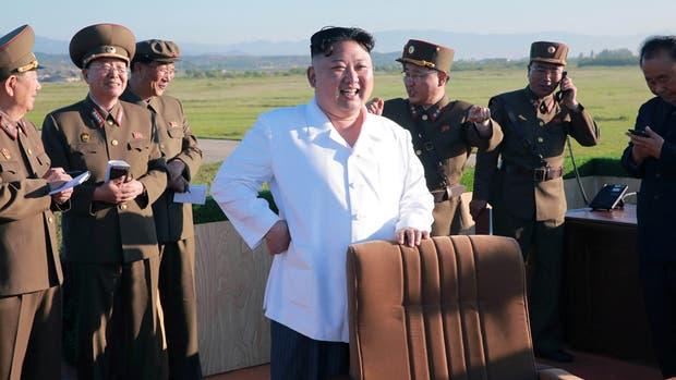 Kim Jong-un aprobó un sistema de defensa para