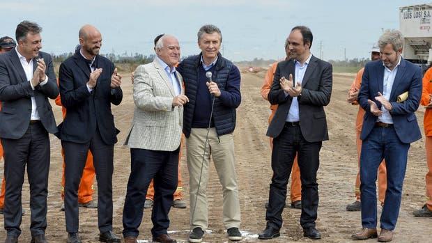 El Presidente recorrió con Lifshitz las obras en la ruta 34