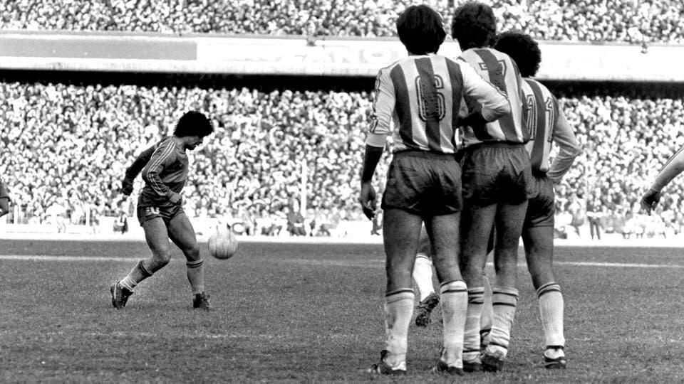 19-7-1981: otra imagen contra el Pincha, en el 1 a 0. Foto: LA NACION