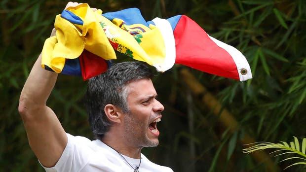 López salió de prisión y está hoy en su casa