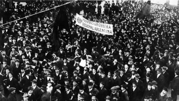 Manifestación de la FORA en Argentina