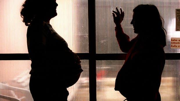 Alerta por las cifras de embarazos adolescentes en la Argentina