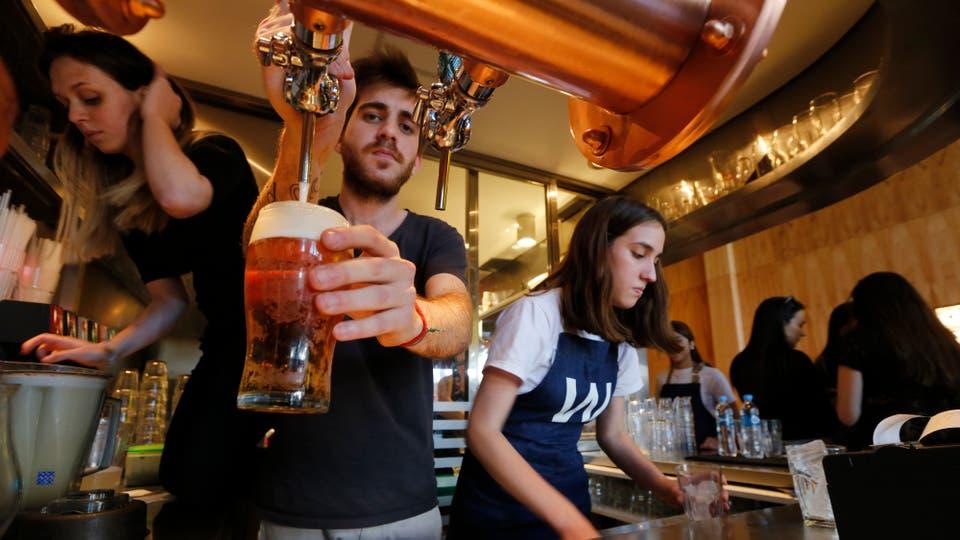 Williamsburg Burguer Bar, es otro de los bares distinguidos de nuestra ciudad. Foto: LA NACION / Ricardo Pristupluk