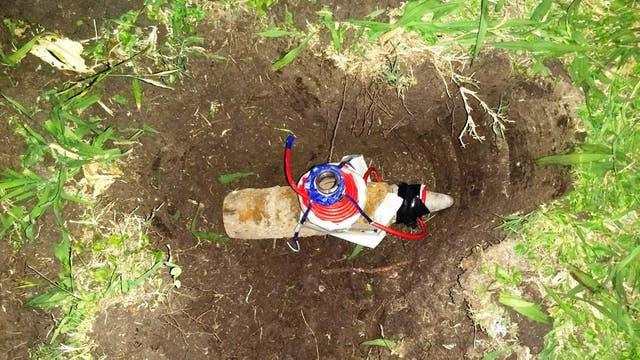 La munición es de 75 milímetros y fue encontrado en una casa en Lamadrid al 300 del barrio de Villa Galicia