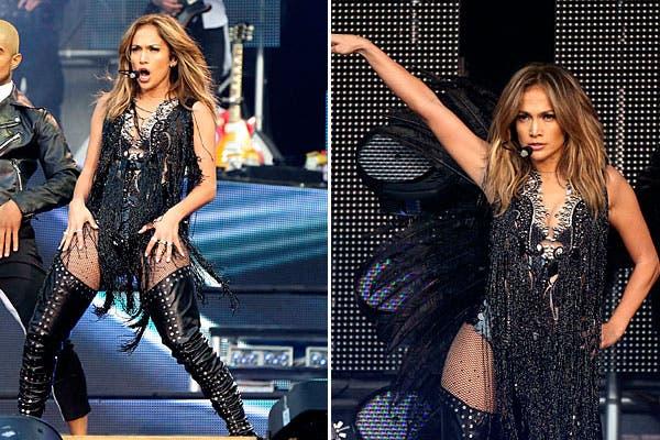 Muy sexy, Jennifer Lopez subió a escena con un conjunto que incluyó flecos, transparencias, y brillo. Como accesorio, botas altísimas. ¿Qué tal?. Foto: Reuters y AP