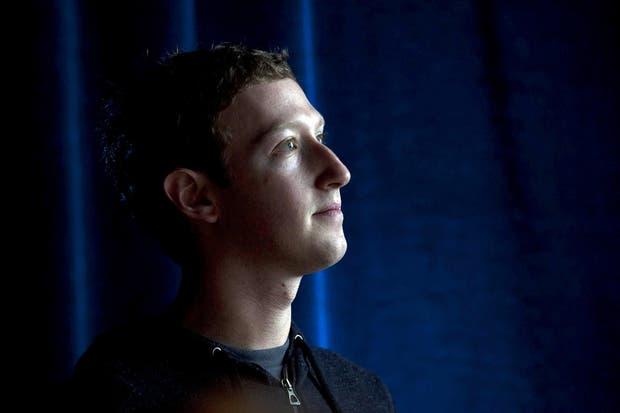 Mark Zuckerberg en la presentación de Facebook Home