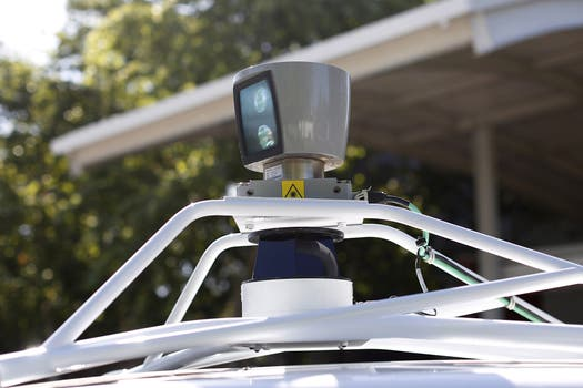 El detalle de uno de los sensores del Google Car. Foto: Reuters