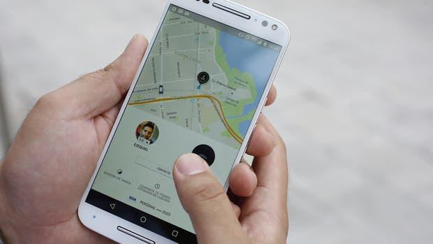 Para Uber, los pagos con tarjeta de crédito están bloqueados en Buenos Aires, pero la compañía anunció nuevas modalidades de pago