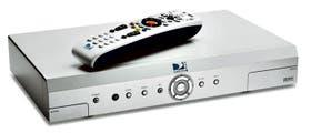 DIRECTV. Incluye un disco rígido para grabar hasta 100 horas de video, permite retroceder la TV en vivo, grabar dos programas simultáneamente, o ver uno mientras se está grabando otro. $ 399/799