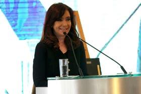 La presidenta Cristina Kirchner, durante el acto de hoy en Montevideo