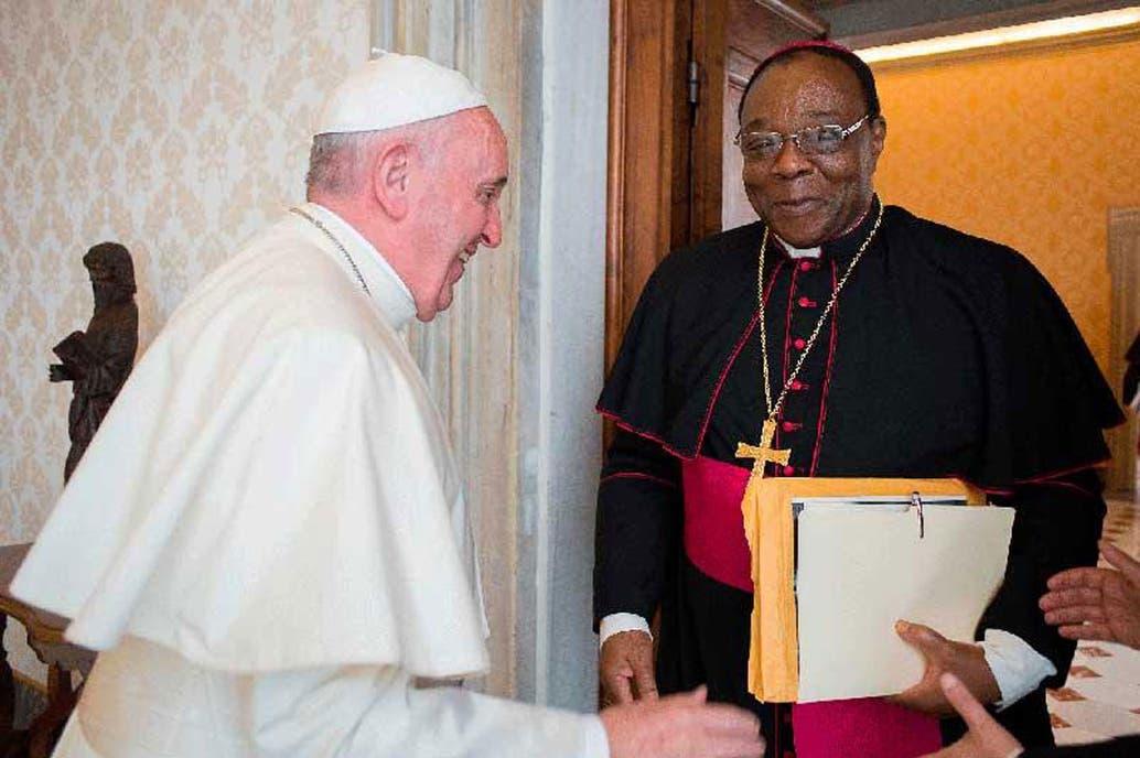 El Papa nombró a arzobispo congoleño embajador del Vaticano en Argentina