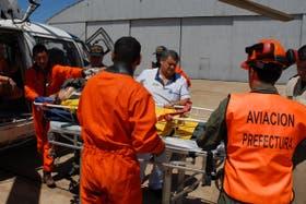 Personal especializado evacúo a la persona herida