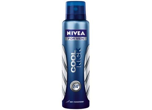 Samsonite y Nivea: por cada compra superior a $300 se regala un producto de su línea cuero, más una crema de la línea Nivea Men. Foto: lanacion.com