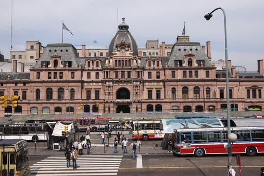 Constitución reúne  a argentinos, peruanos, bolivianos, senegaleses y dominicanos, un crisol multicultural. Foto: LA NACION / Maxie Amena