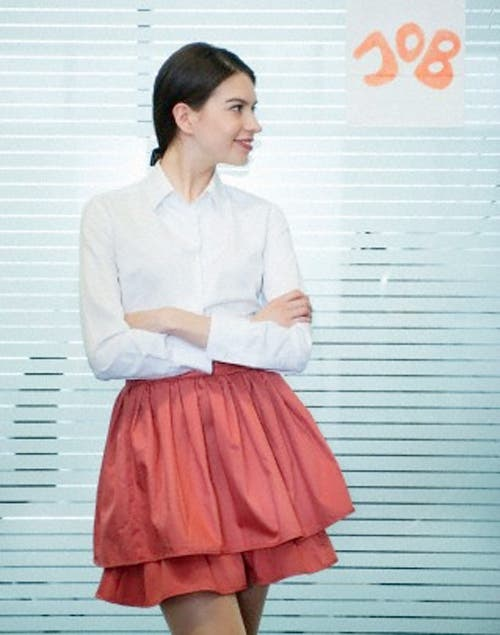 Las faldas globo resaltan todas las formas aportando feminidad. Foto:Archivo /Corbis