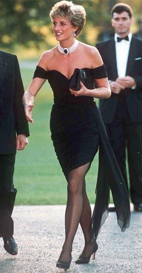 El vestido de la venganza, un ícono en la historia de sus looks