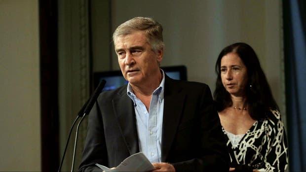 El ministro de Comunicaciones, Oscar Aguad