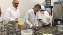 El presidente Mauricio Macri visitó la planta de Guapaletas.