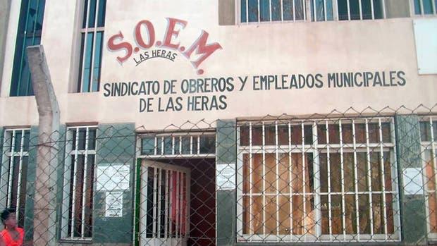 Dos hombres armados se robaron una urna en una elección sindical — Escándalo
