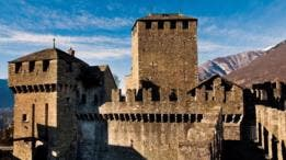 Las almenas de Bellinzona, en la frontera con Italia, formaron parte importante de las luchas medievales por territorio