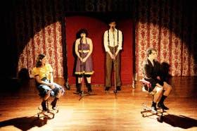 Cuatro intérpretes sensibles, que actúan, bailan y cantan sus estados de ánimo