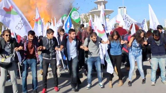 El momento de la explosión en Ankara