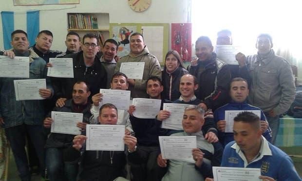 Los internos recibieron sus diplomas de El Ágora
