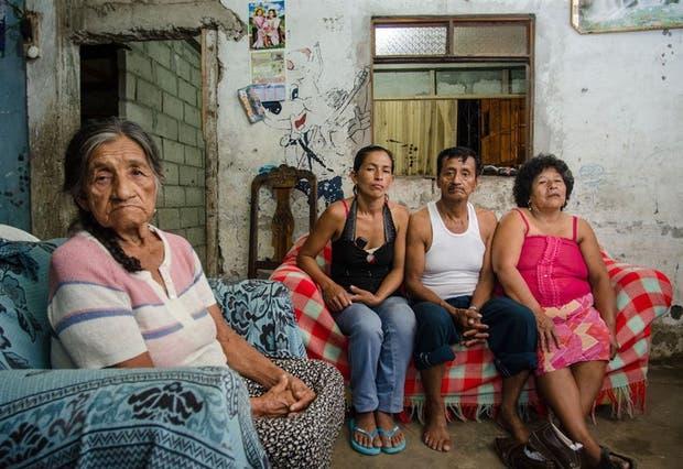 Los familiares de Eduardo Rodríguez, uno de los acusados