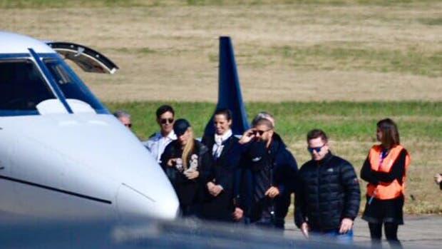 Gerard Piqué y Shakira llegaron a Rosario para el casamiento de Lionel Messi y Antonela Roccuzzo