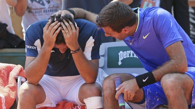 En Roland Garros: el consuelo de Del Potro para el lesionado Almagro