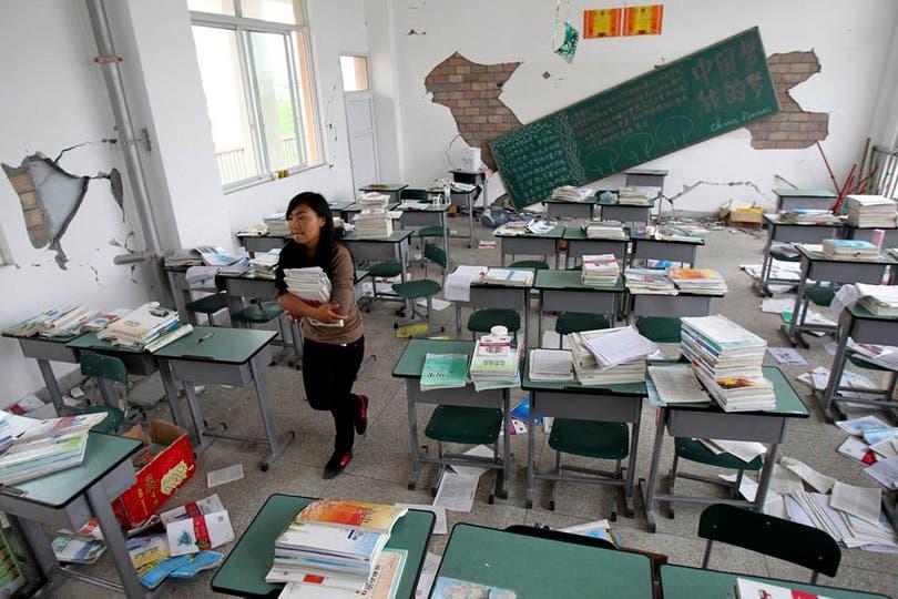 Las escuelas, también destruidas, sirven como refugio de damnificados. Foto: Reuters