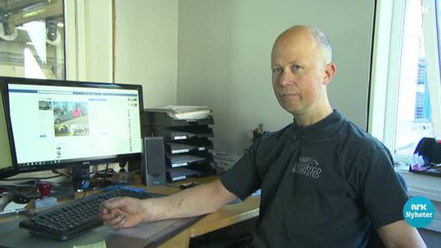 El responsable del taller interviene en el telediario de la cadena noruega NRK