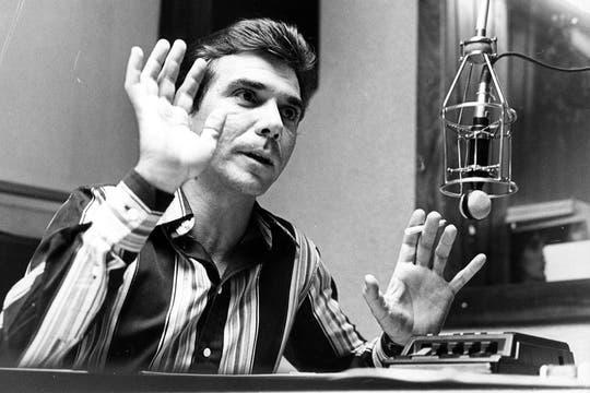 Su carrera radial comenzó a brillar desde antes de los ´80; Badía se había recibido de locutor del ISER en 1970. Foto: Archivo