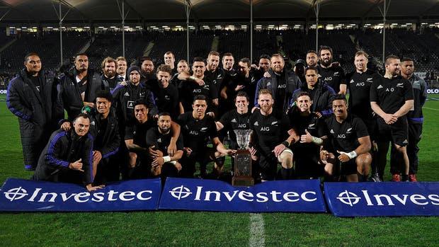 Los All Blacks derrotaron a los Springboks y se aseguraron el título