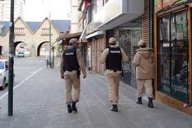 Miembros Prefectura y Gendarmería vigilan Bariloche