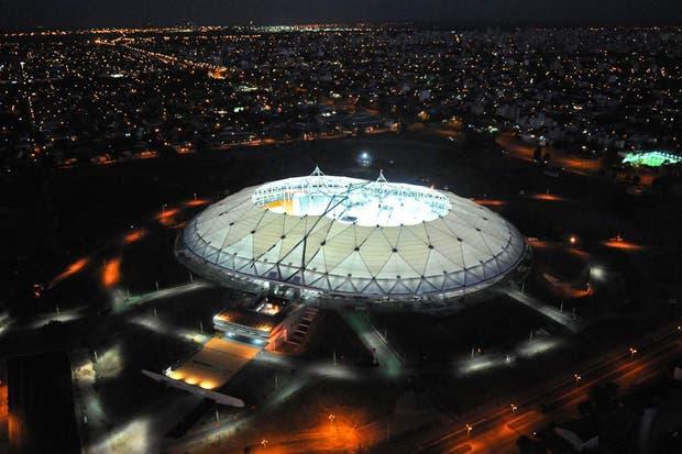 El estadio tiene la pretensión de convertirse en el primer estadio techado de América Latina.  Foto:EFE
