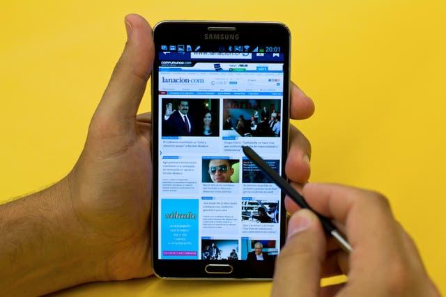 El Samsung Galaxy Note 3 tiene un lápiz para dibujar en pantalla; reconoce variaciones de presión