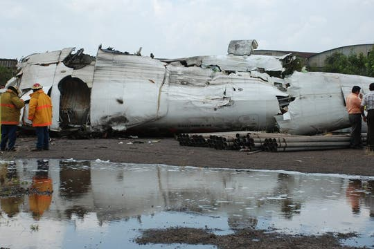 Al menos 14 personas murieron en el momento del accidente. Foto: Reuters