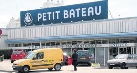 En Troyes, al este de París, tiendas típicas francesas