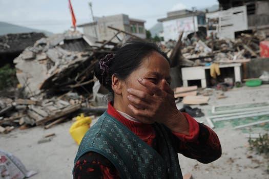 El sismo destruyó casas y edificios y provocó la muerte de más de 100 personas.