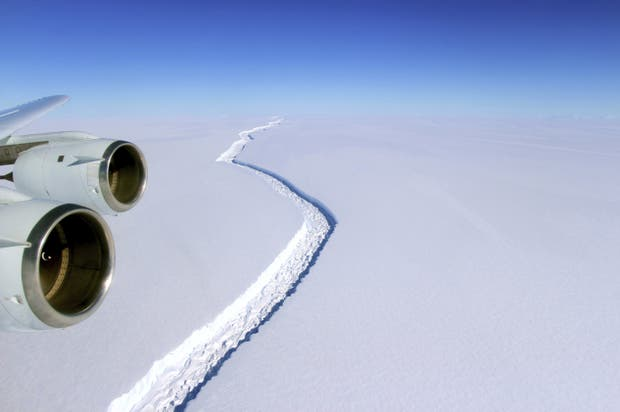 Una imagen de la grieta en Larsen C tomada en noviembre pasado