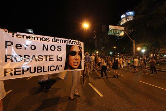 La ocurrencia y originalidad de los que participaron en la protesta del #8N. Foto: LA NACION / Ezequiel Muñoz